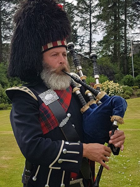 The Kilt Experience Professional Piper, Scottish Highland Bagpiper
